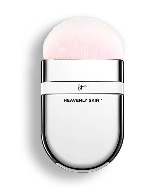 Heavenly Skin™ One-Sweep Wonder Brush #705